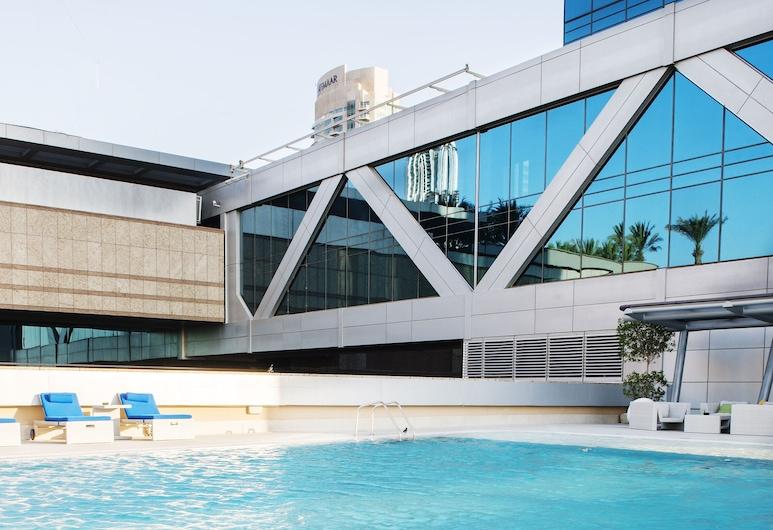 Dream Inn 48 Burj Gate Homes Downtown, Dubajus, Baseinas