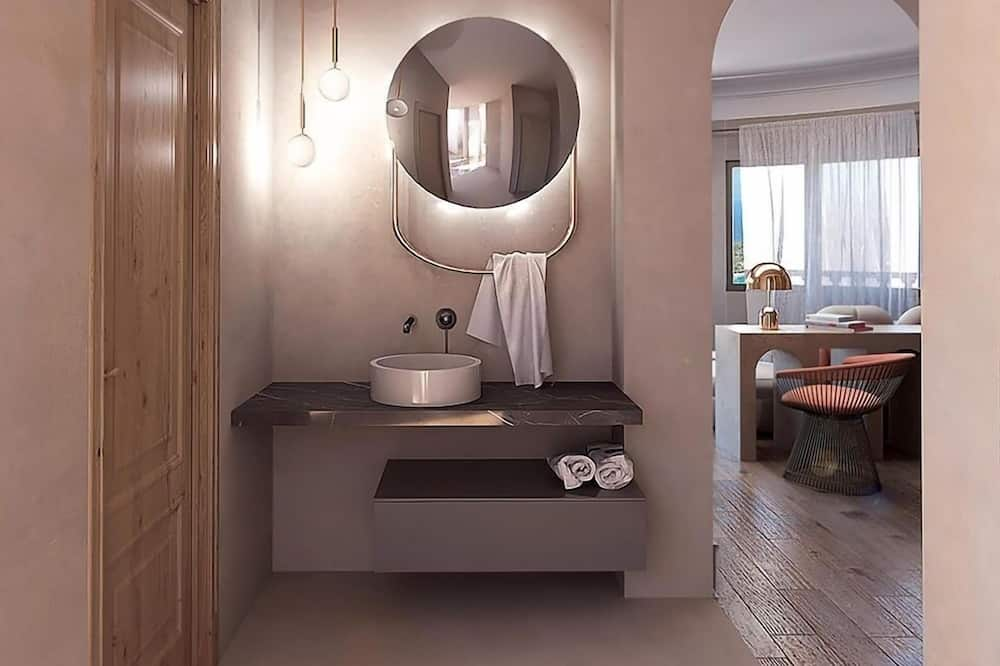 Premium Double Room, Sea View - Bathroom