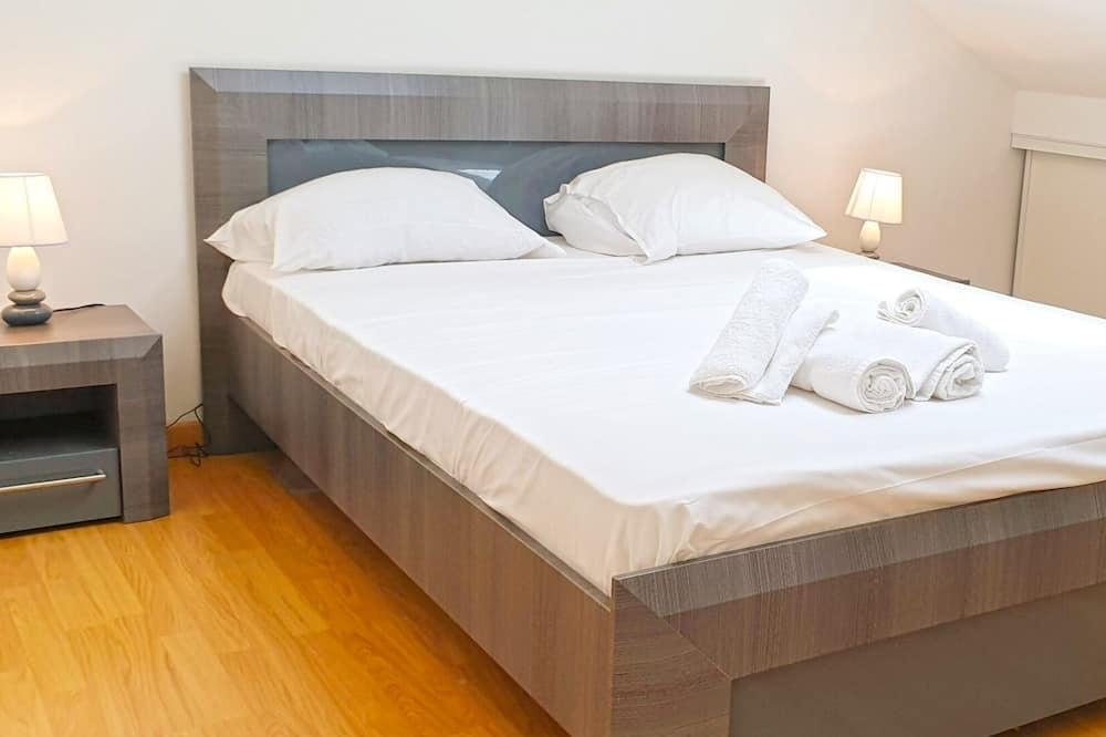 Comfort Apartment, 3 Bedrooms - Room