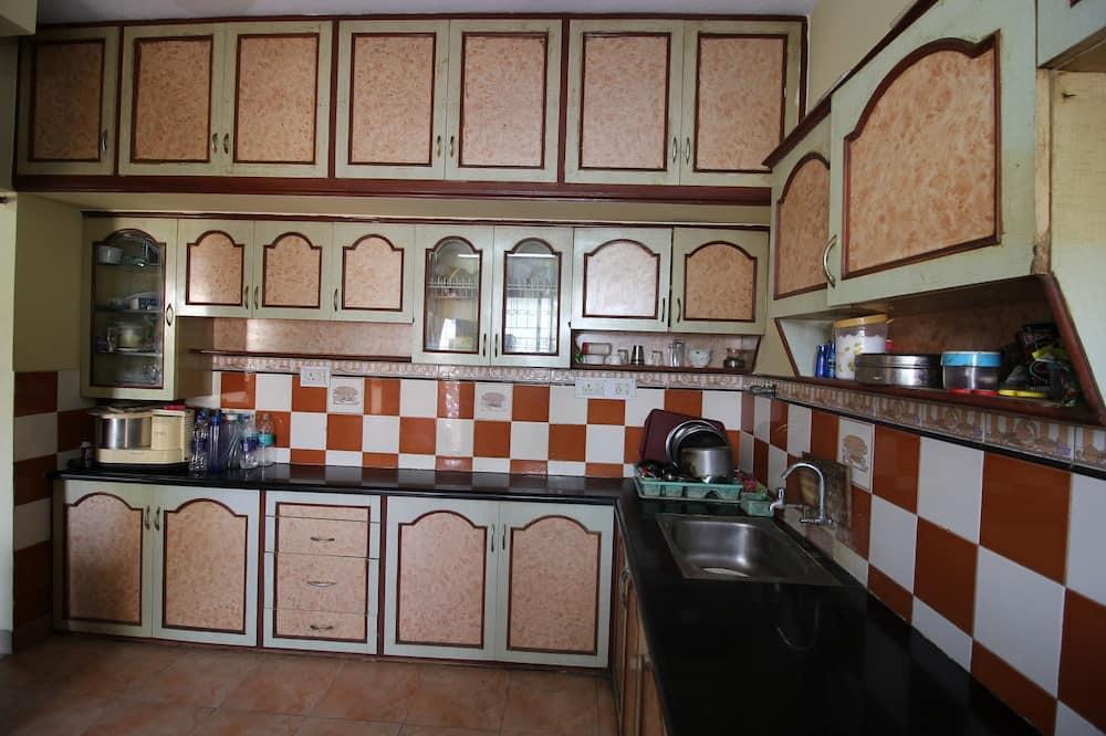 Deluxe Δωμάτιο - Κοινόχρηστη κουζίνα