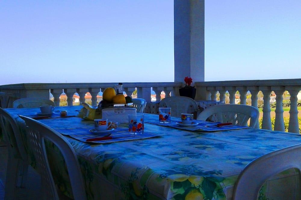 Villa, 3 Bedrooms, Sea View (Villa Cecile 1  piano) - Terrace/Patio