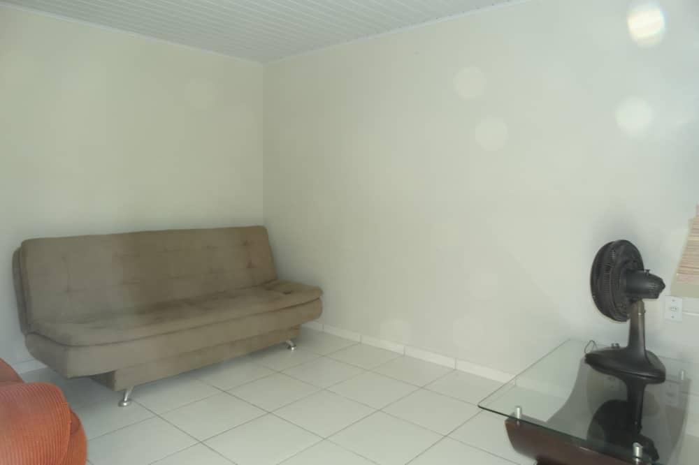Casa, 2 Quartos - Sala de Estar