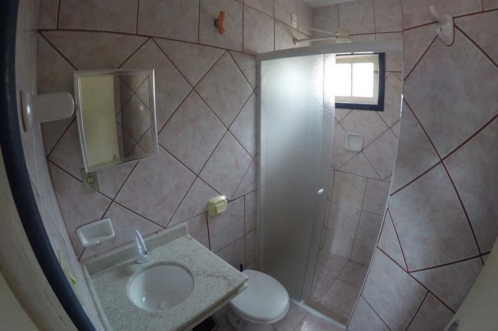 Duplex, 1 Bedroom - Bathroom