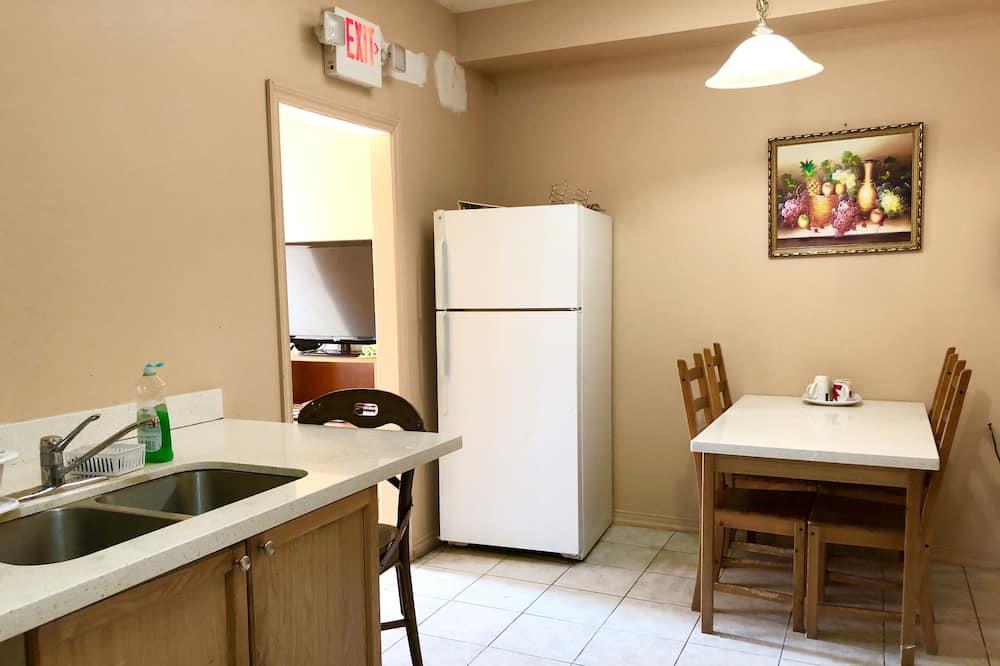 Comfort Double Room Single Use - Ruang Tamu