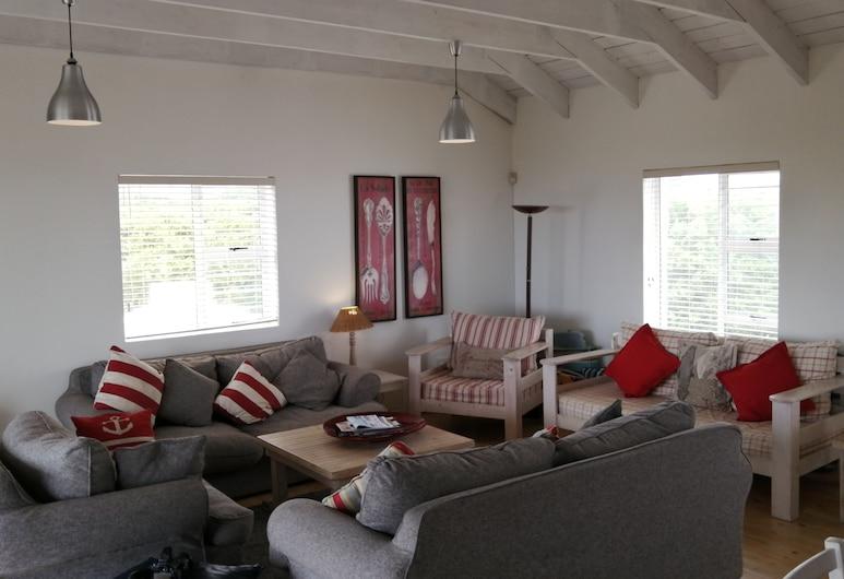 Hermanus Beach Cottage 2, Hermanus, Ferienhaus, am Strand, Wohnbereich
