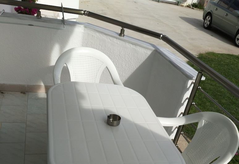 Gatos Village Studios & Apartments , Volvi, Standard Studio, Terrace/Patio
