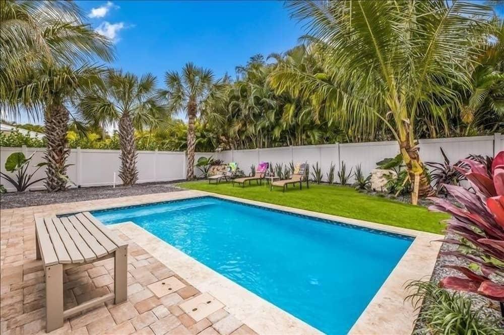 Villa, 3 Bedrooms - Pool