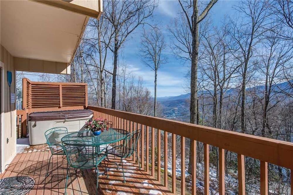 小屋, 多張床, 私人泳池, 山景 - 露台