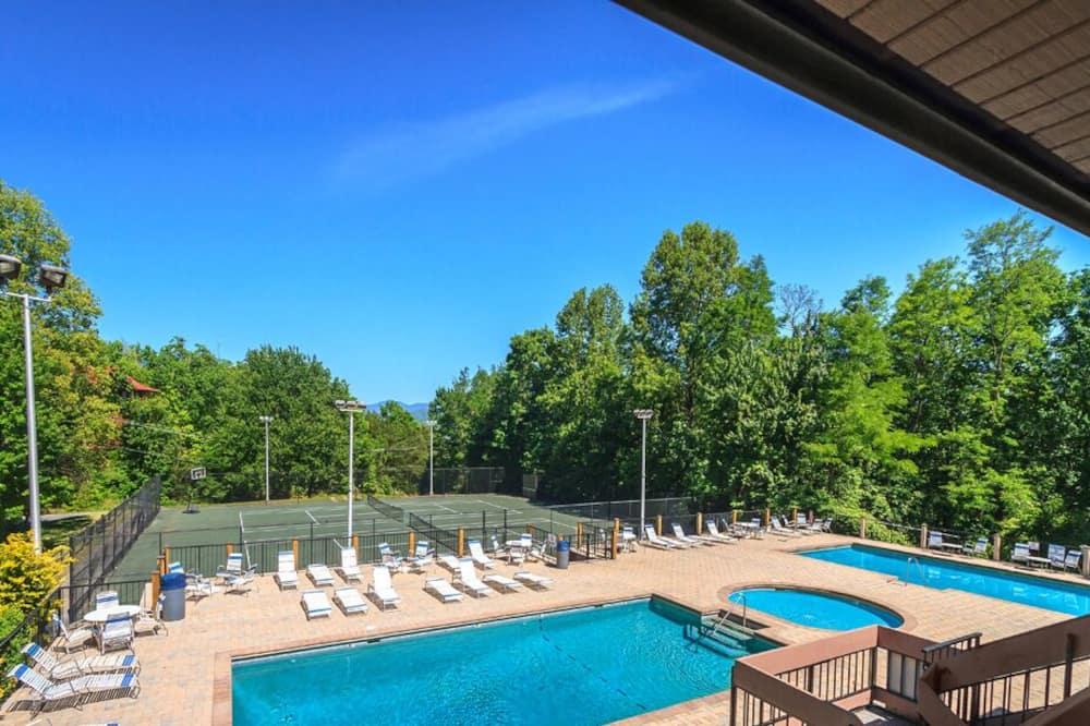 Ferienhütte, Mehrere Betten, Whirlpool - Pool