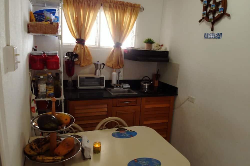Blue Shared Mixed Room - Spoločná kuchyňa