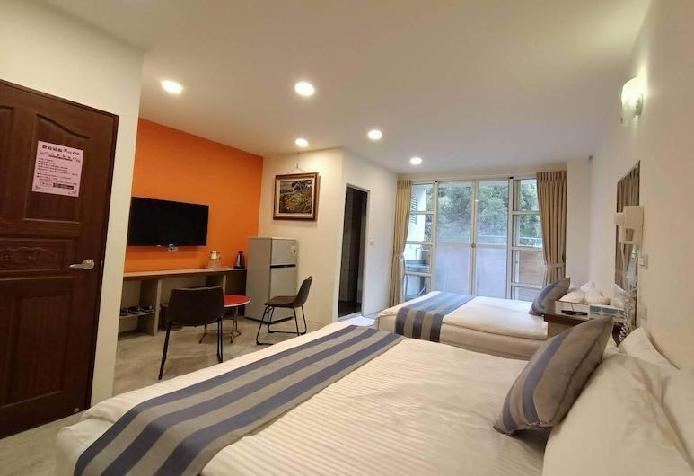 Tian Pin Guest House, Lugu, Quadruple Room, Mountain View, Guest Room