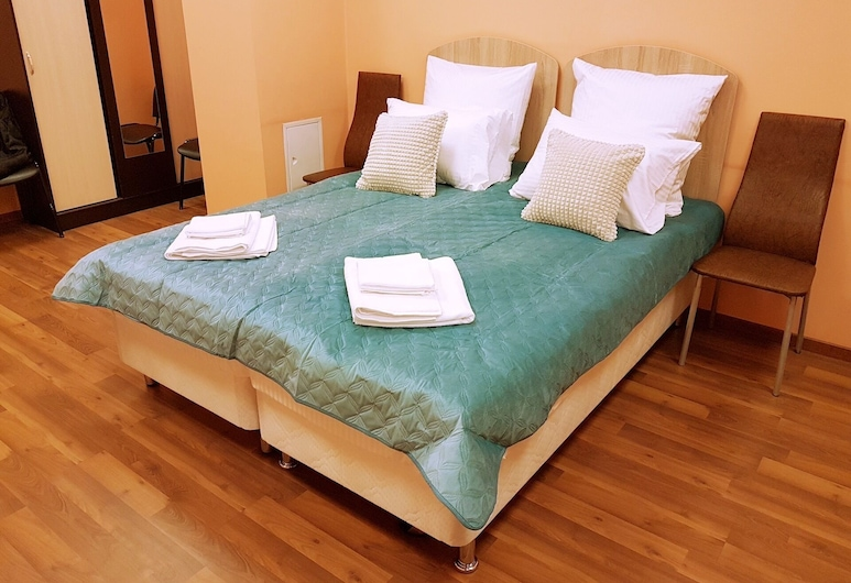 Grad Hotel - Hostel, Moscow, Standard Double or Twin Room, Guest Room