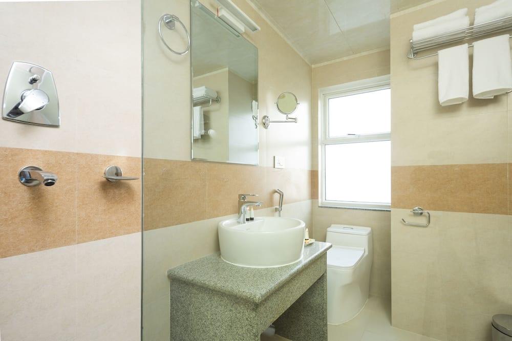 Classic-værelse med dobbeltseng eller 2 enkeltsenge - Badeværelse