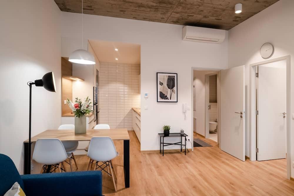 Apartemen Deluks - Ruang Keluarga