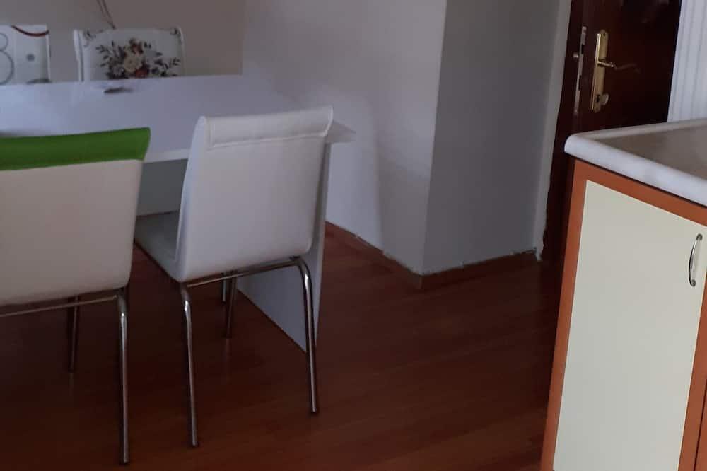 風格雙床房 - 客房餐飲服務