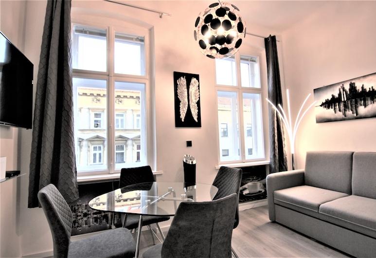 Vienna CityApartments Design 3, Vienna, Design Studio Suite, Non Smoking, City View, Living Area