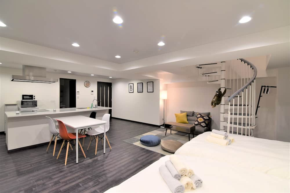 Deluxe Double Room, Non Smoking, Balcony - Room