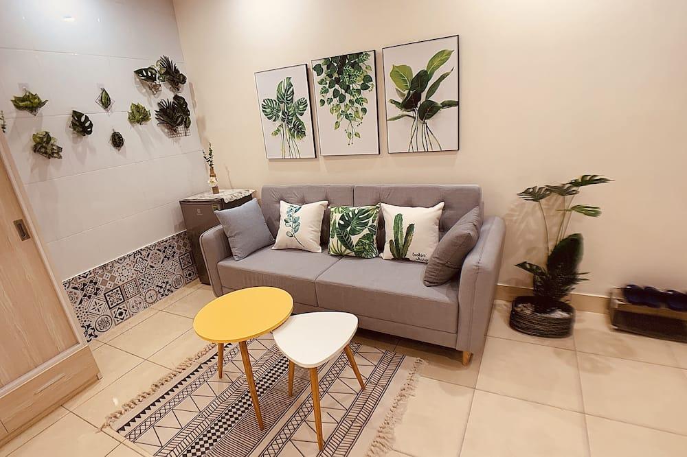 Traditional Studio - Living Area