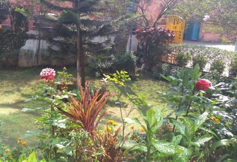 Hotel Garden Resort, Puri, Taman