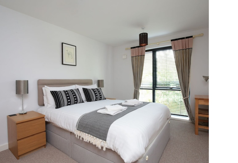 Stunning 2 Bed Oxford Apartment w/ Parking, Oxford, Rom