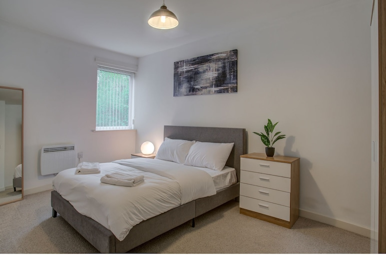 Lovely and Comfy Flat in Quays/mediacityuk, Salford
