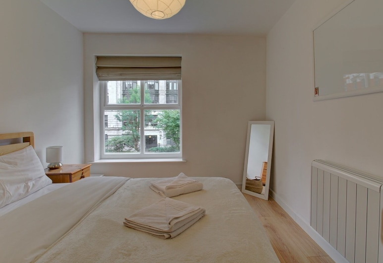 Central 1BR Apt Sleeps 2 Close to Oxford Road!, Manchester