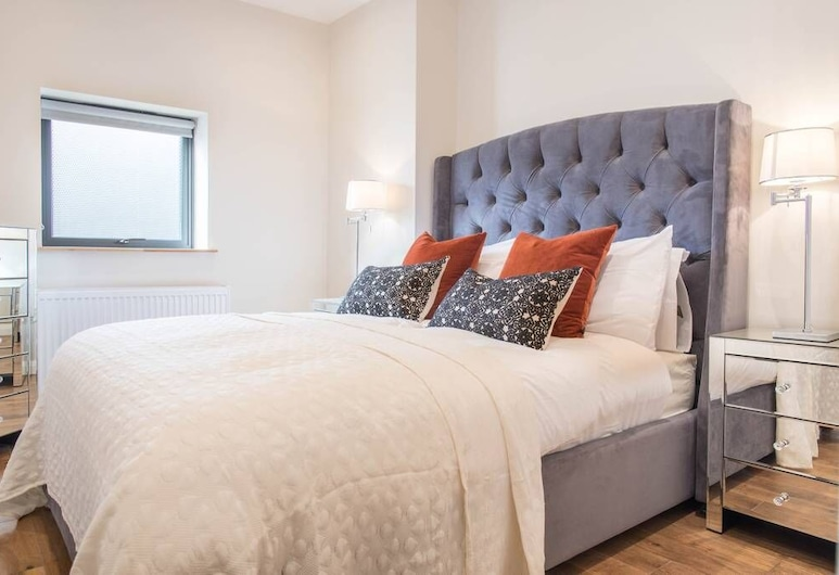 Stunning 2BR New Build in Heart of Stoke Newington, London, House (2 Bedrooms), Room