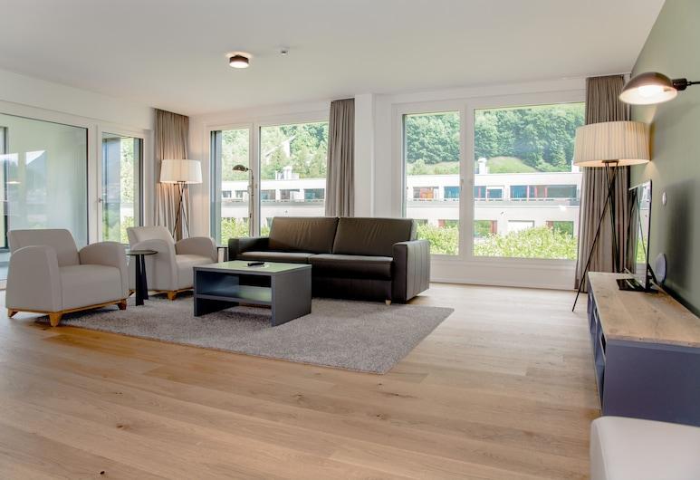 アパートメント ユングフラウツンター トゥーナーゼー, インターラーケン, アパートメント 3 ベッドルーム, リビング エリア