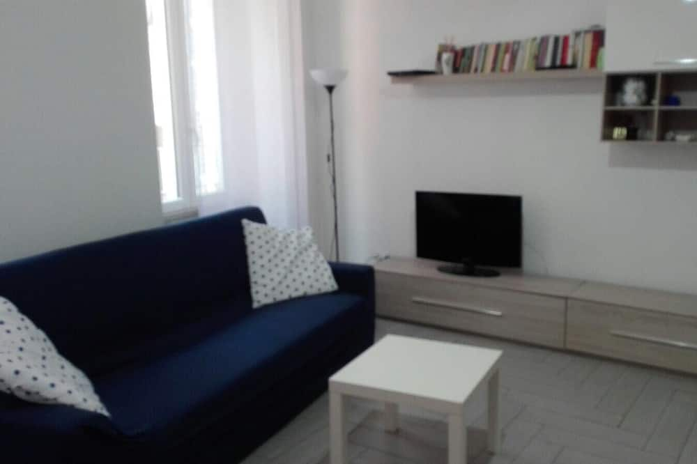 Family Double Room - Living Room