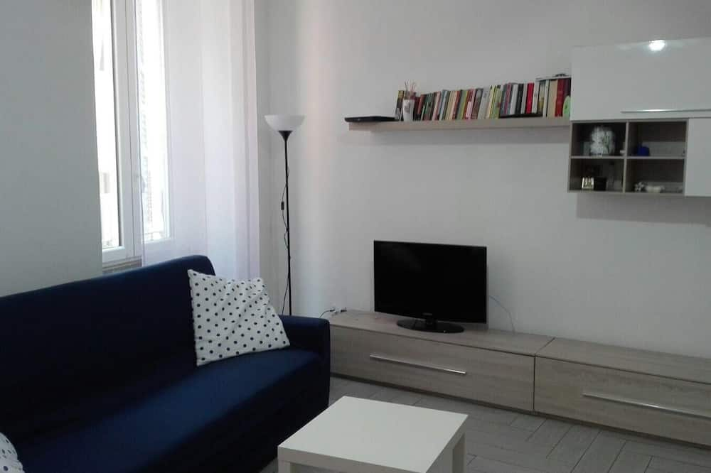 Family Double Room - Living Area
