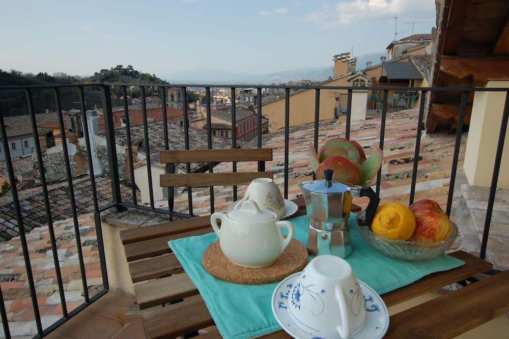 Apartemen Panorama - Balkon
