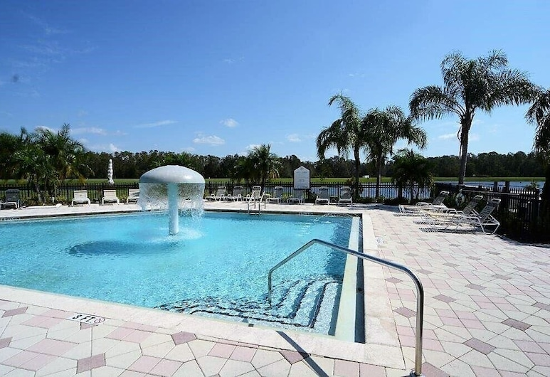 4971 Large Townhome With Great Resort Amenities, Kissimmee