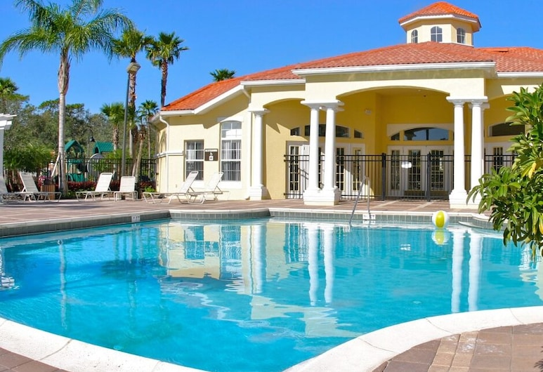 Family-friendly Pool Home Spa Games Room 87217, Kissimmee