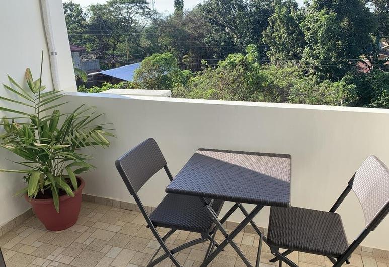 Balai Merina Bed & Breakfast, Puerto Princesa, Zimmer, 2Schlafzimmer (ERA), Terrasse/Patio