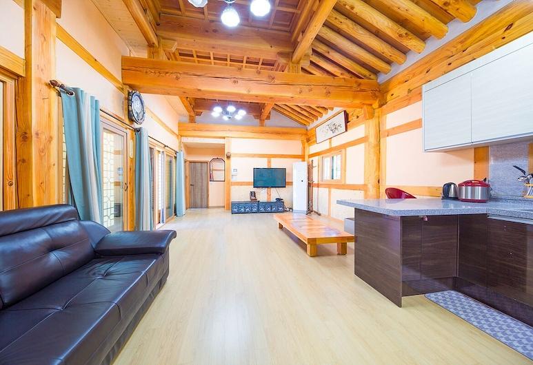 Mr.Choi Hanok Pension, Suncheon, Casa (Big), Área de Estar