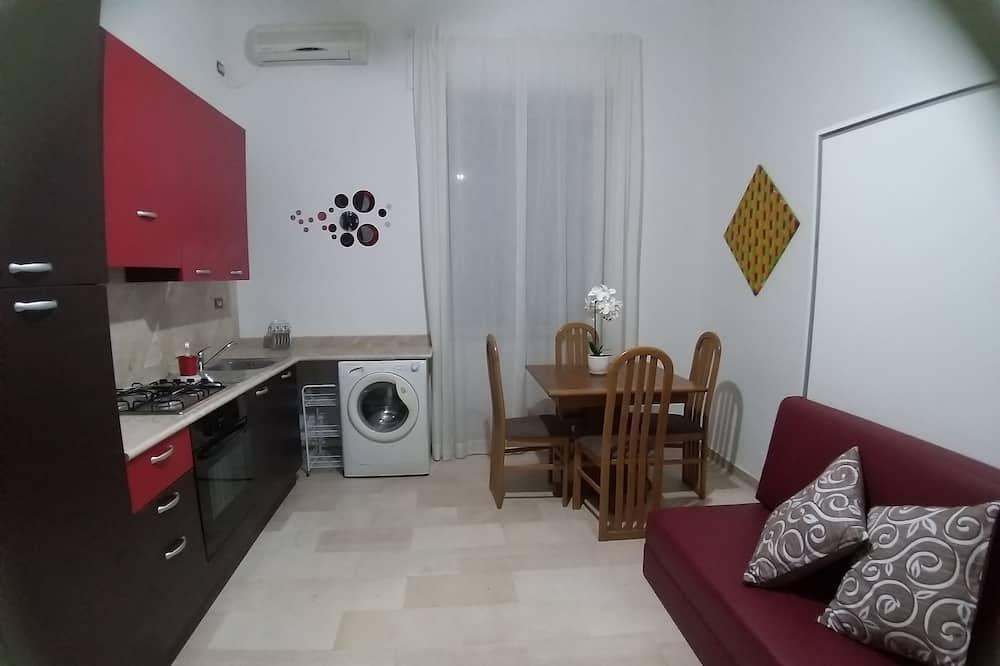 Lejlighed - 2 soveværelser - køkken (Arte) - Opholdsområde