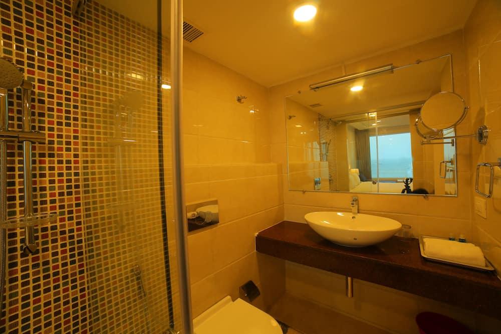 Executive Room, 1 Bedroom, Non Smoking, Sea View - Bathroom