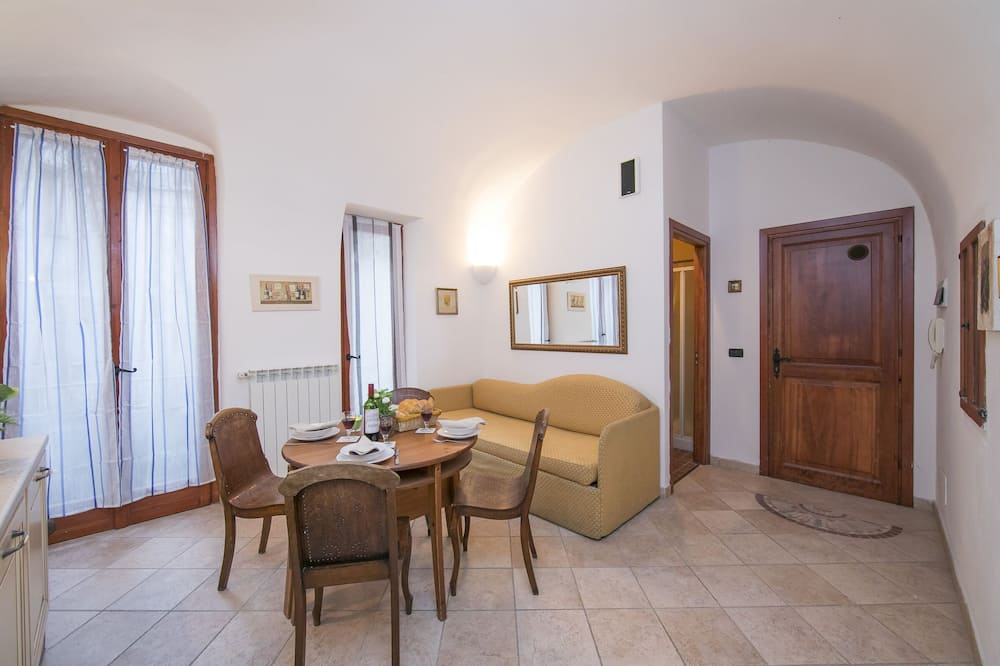 Family Apartment, 1 Double Bed with Sofa bed (Dolceacqua Primo) - Living Area
