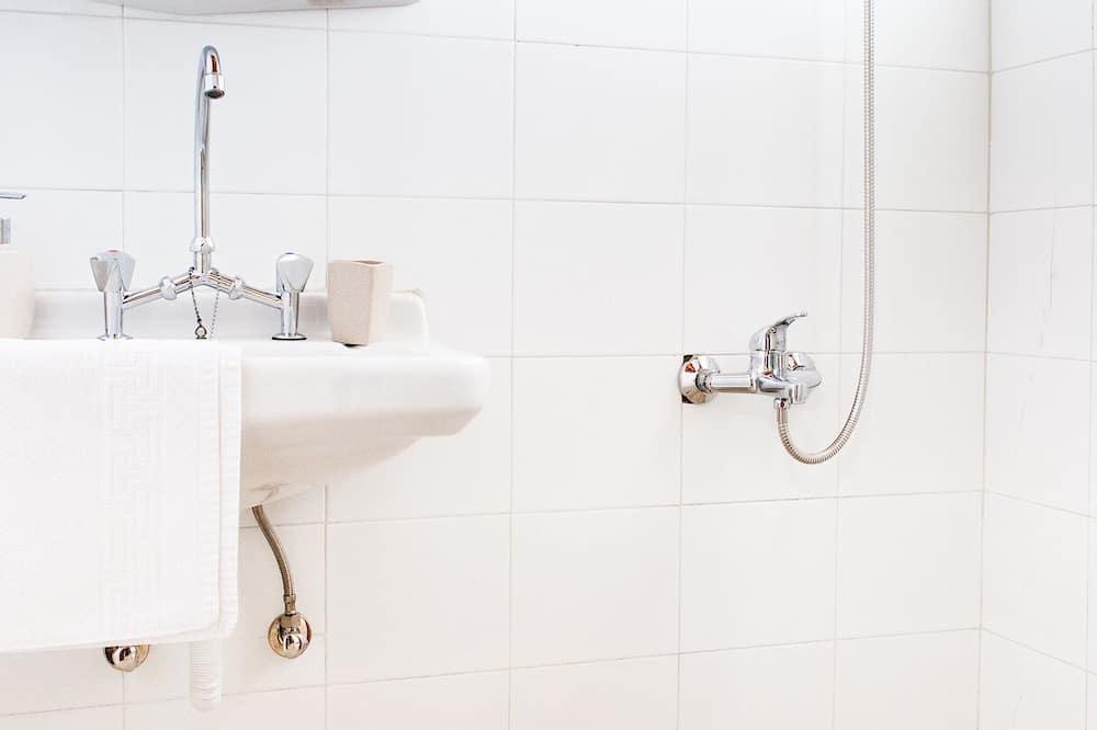 雙人或雙床房, 露台 - 浴室