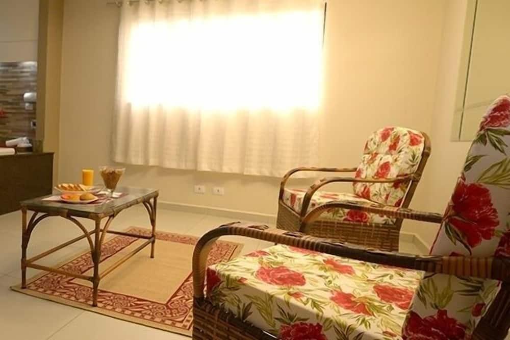 Suite, Badewanne - Wohnzimmer