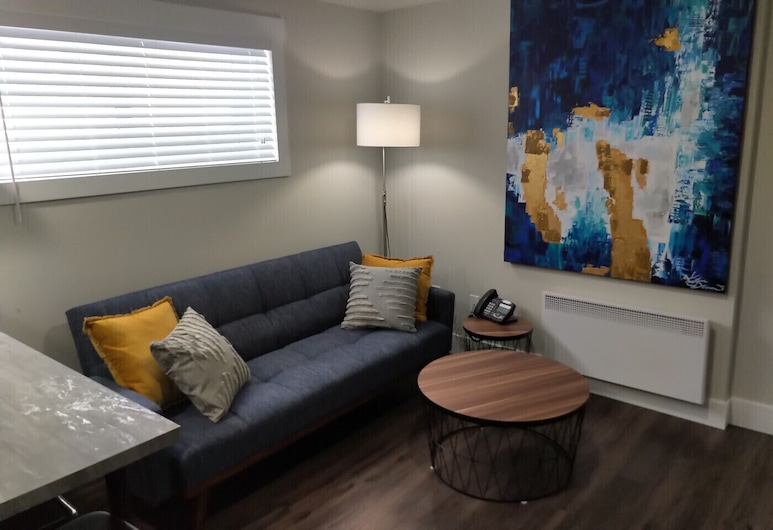 Cozy Apartment - Appartement Tranquille, Tracadie, Living Room
