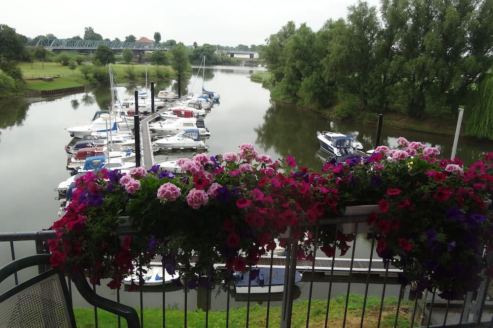 Panoramic Double Room, Balcony, River View - Water view