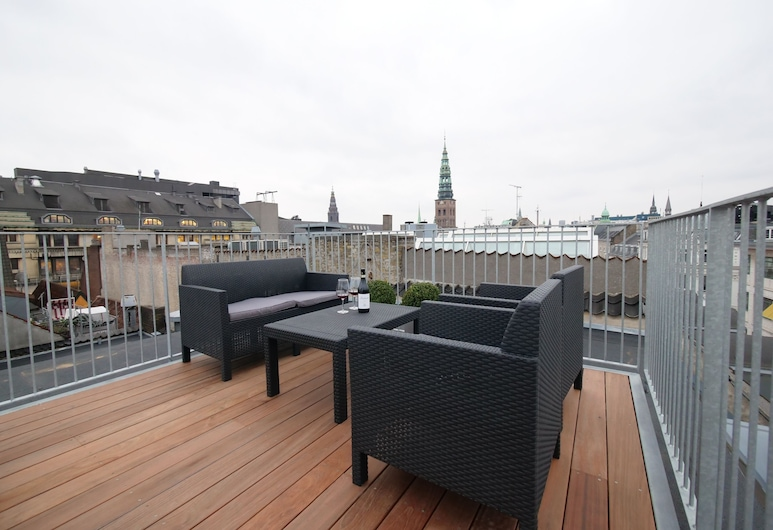 Beautiful Penthouse Apartment With Rooftop Terrace Just By Kongens Nytorv, Copenhagen