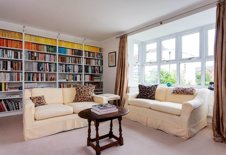 Chiswick Riverside Home, London, House (4 Bedrooms), Living Room