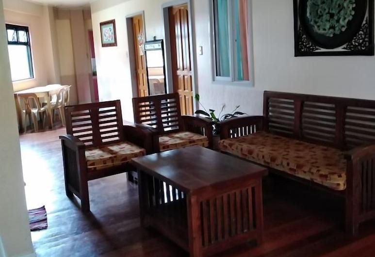 Nanay Marina's Transient House, Baguio