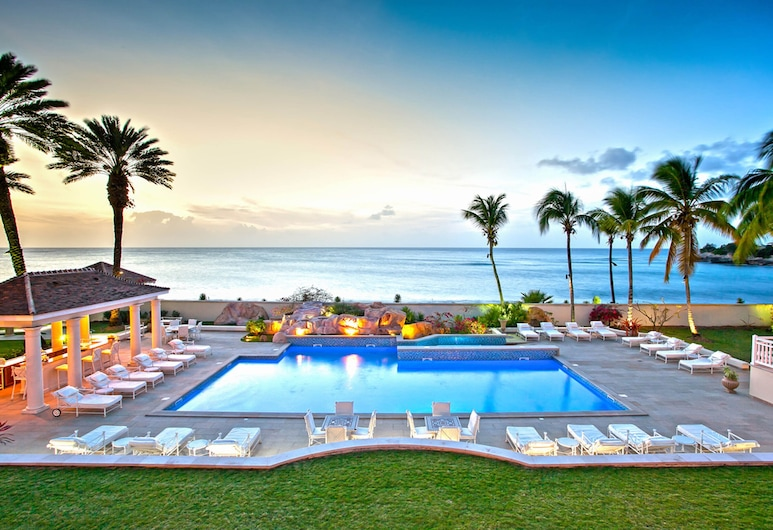Dream Villa SXM Trump, Les Terres Basses, Bazén