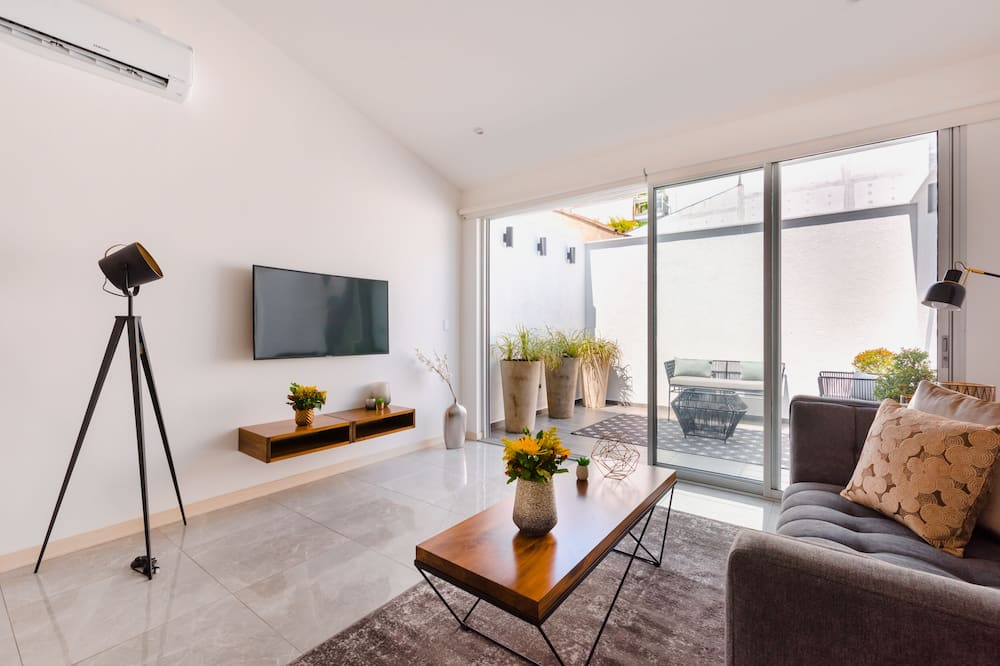 Luxury Studio Suite, 1 Bedroom, Terrace - Bilik Rehat