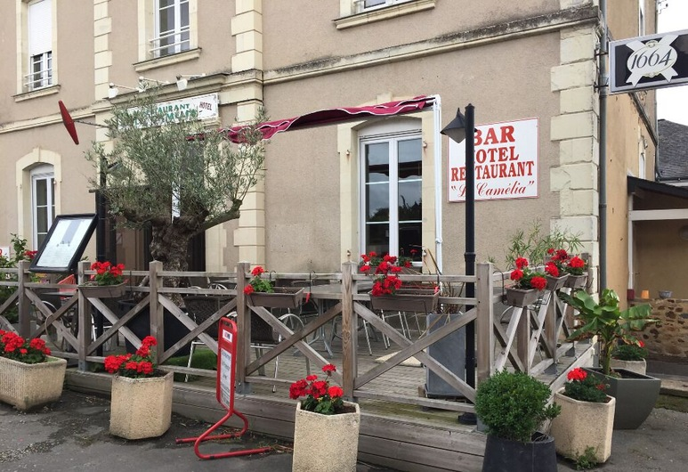 Le Camelia, Ruillé-Froid-Fonds, Entrada del hotel