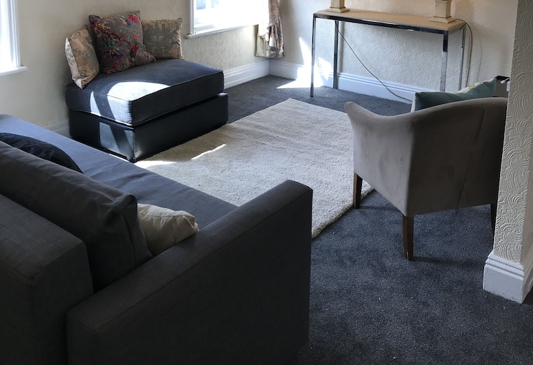 Rawcliffe Holiday Lets, Blackpool, Family Apartment, Living Area