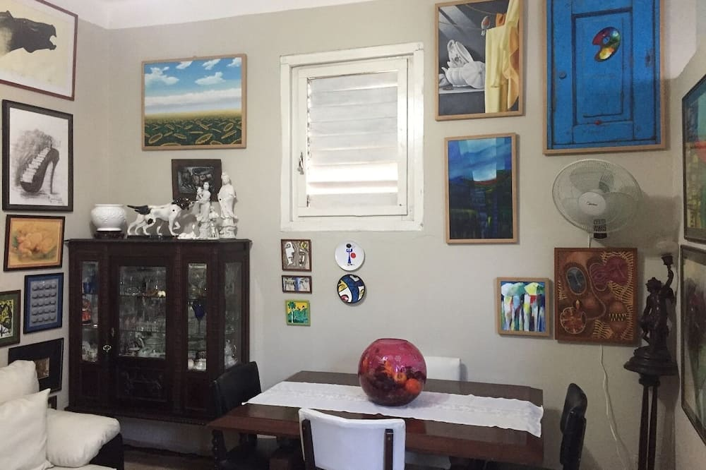 Pamatklases dzīvokļnumurs (1) - Dzīvojamā istaba